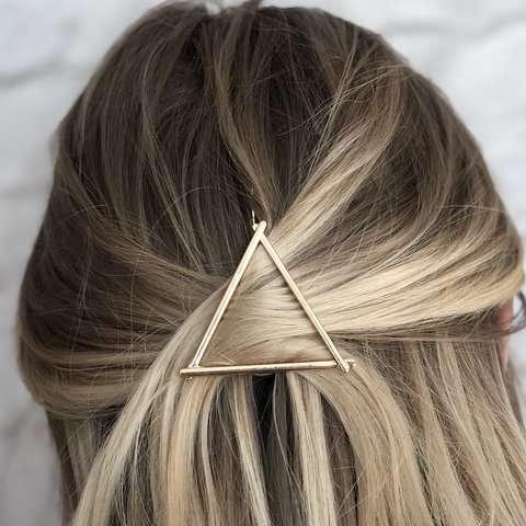 agrafa par triunghi detaliu