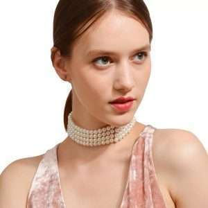 colier tip choker din perle