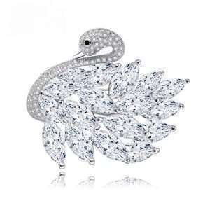 brosa lebada argintie cristale