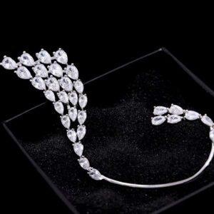 cercei eleganti earcuff cu cristale