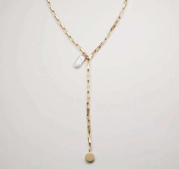 colier placat cu aur si perla baroc