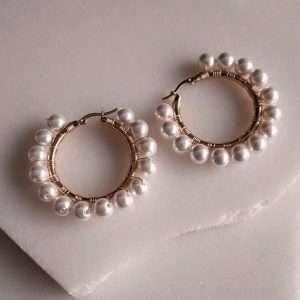 cercei aurii cu perle rotunzi