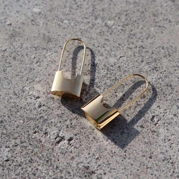 cercei lacat placati cu aur